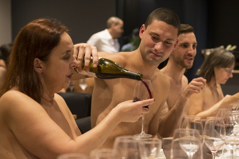 Paris restaurant for naked diners set to close down