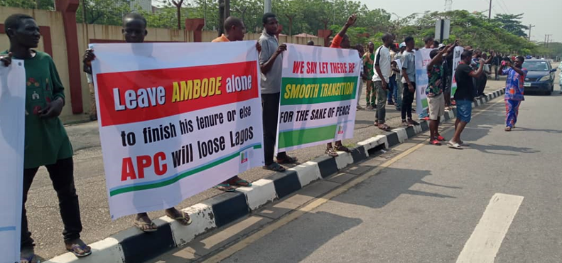 Protesters storm Lagos Assembly in support of Ambode