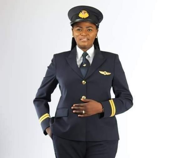 Meet Nigeria's first female pilot to fly with Qatar airways, Adeola Ogunmola Sowemimo