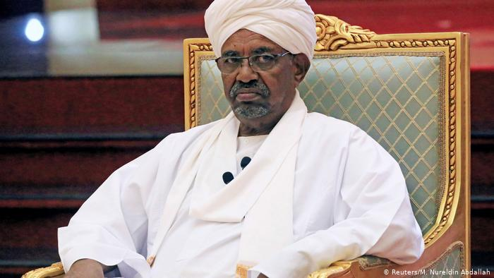 Sudan: Ousted Omar Al-Bashir and his 2 brothers detained