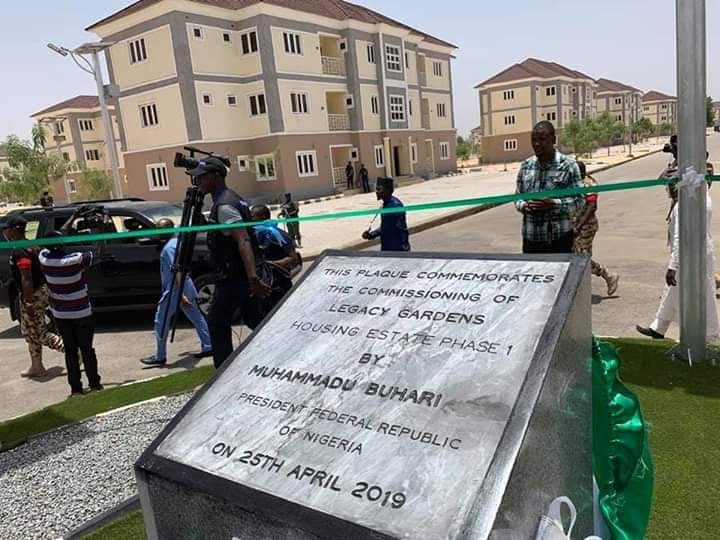 Buhari commissions seven projects in Borno State (Pictures)