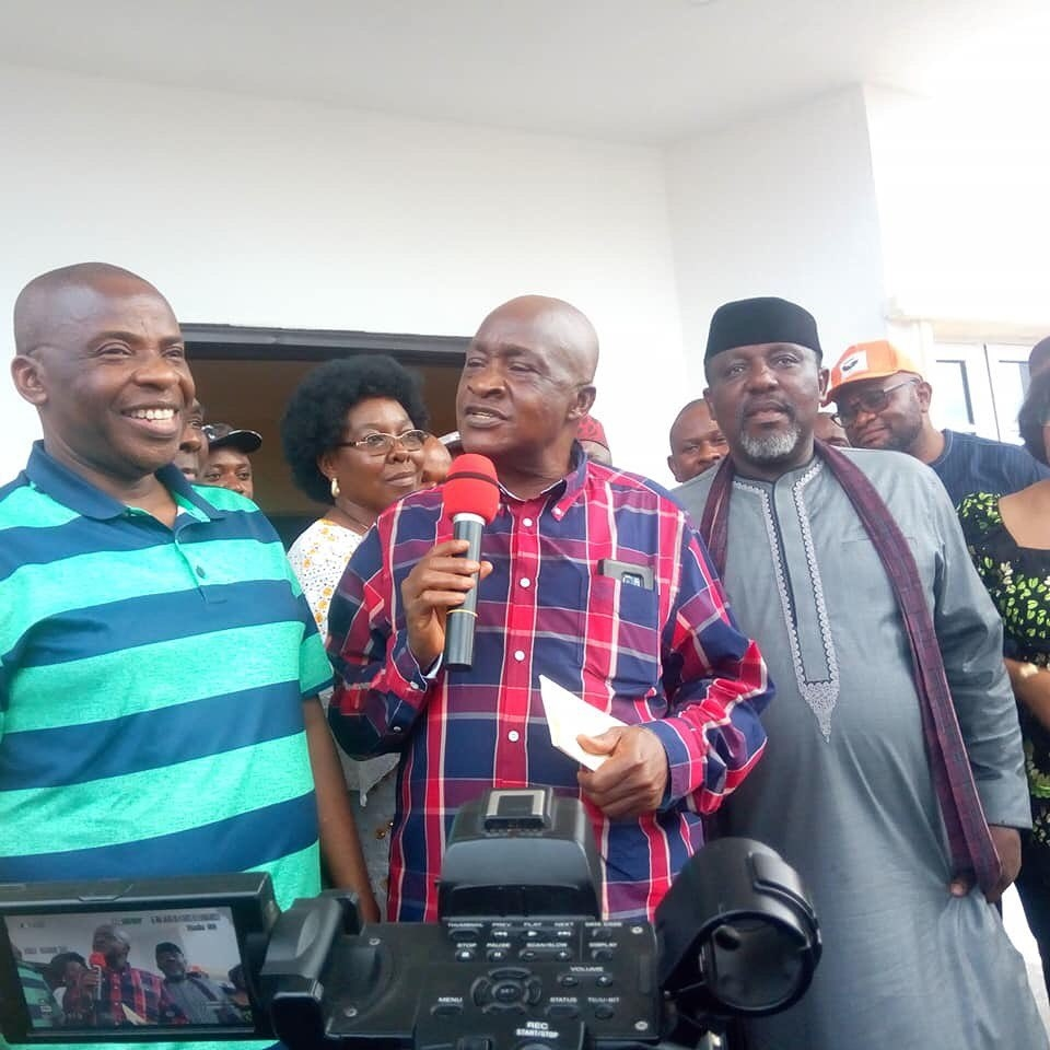 Okorocha presents houses, SUVs to former governors of Imo State