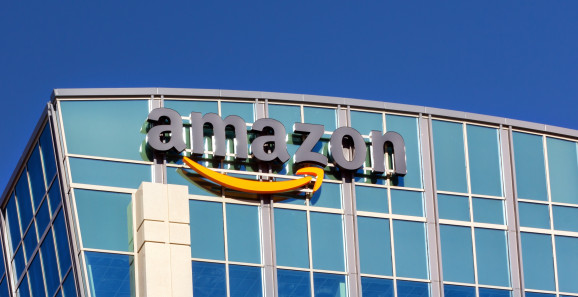 Amazon offers employees $10,000 to quit jobs, start delivery business
