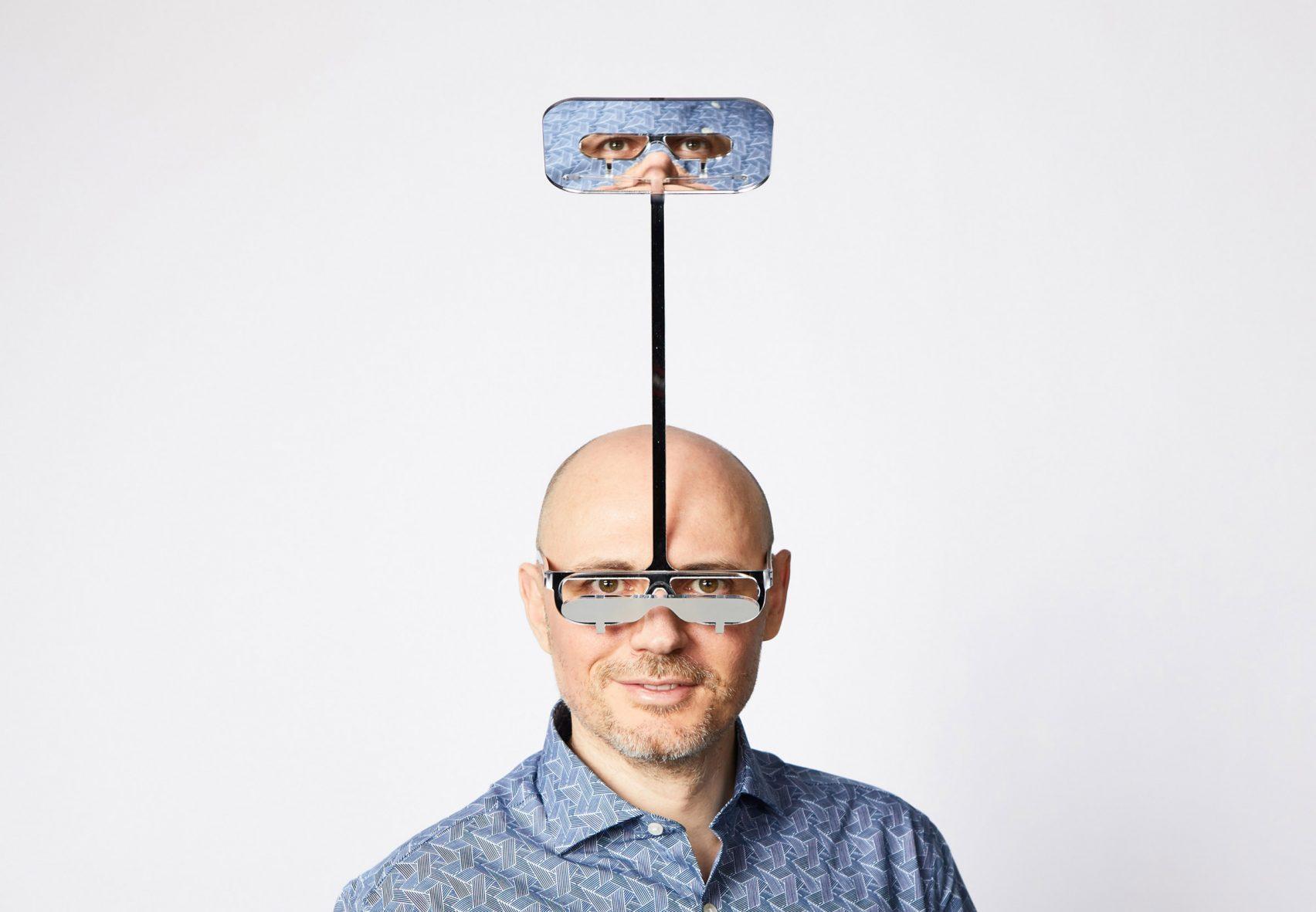 British designer, Dominic Wilcox creates periscope glasses for short people