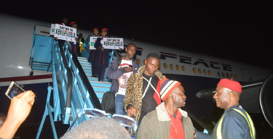 187 Nigerians arrive Lagos from South Africa