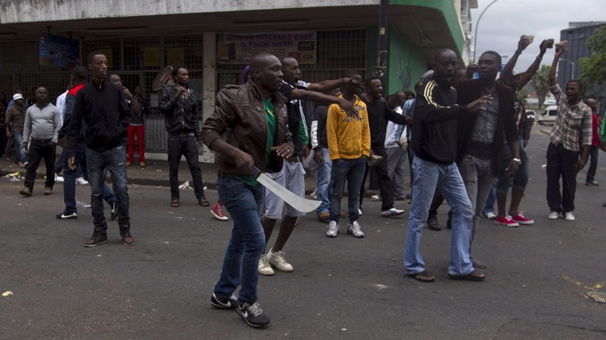 Just in: Armed South African protesters insists foreigners must leave