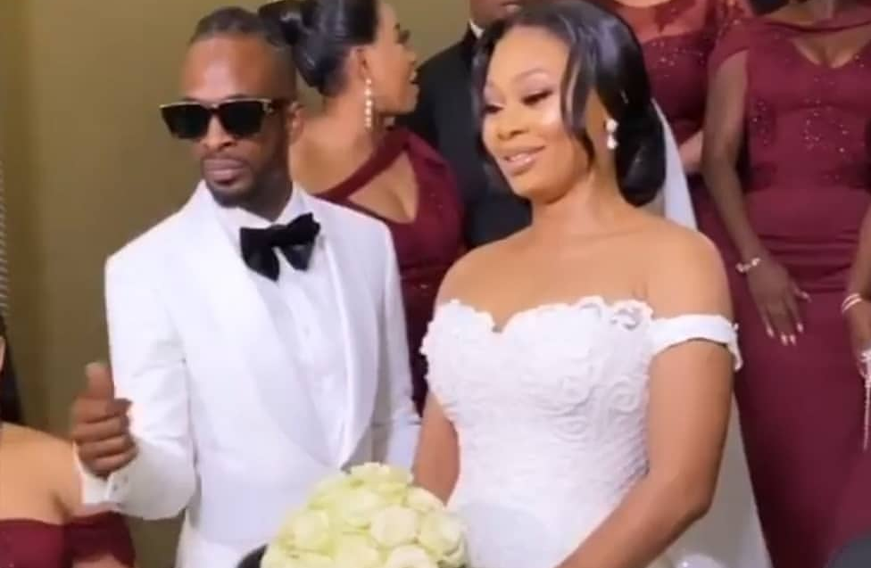 Singer 9ice appeals to fans to beg wife for cheating on her+ lady involved revealed