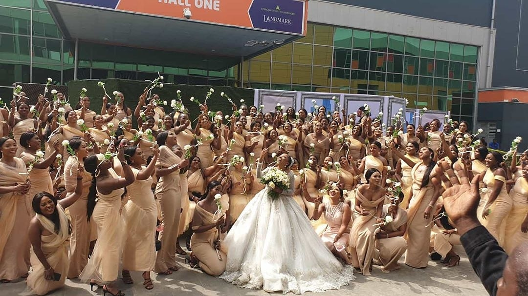 Sandra Ikeji makes history with 200 bridesmaids for her wedding