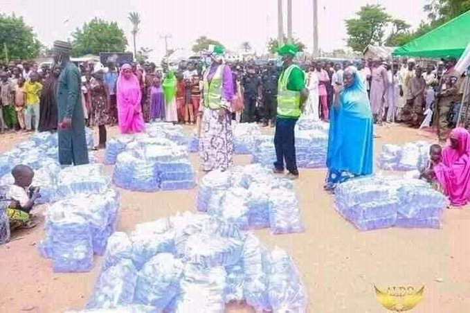 Bauchi first lady distributes sachet water to women as startup packs