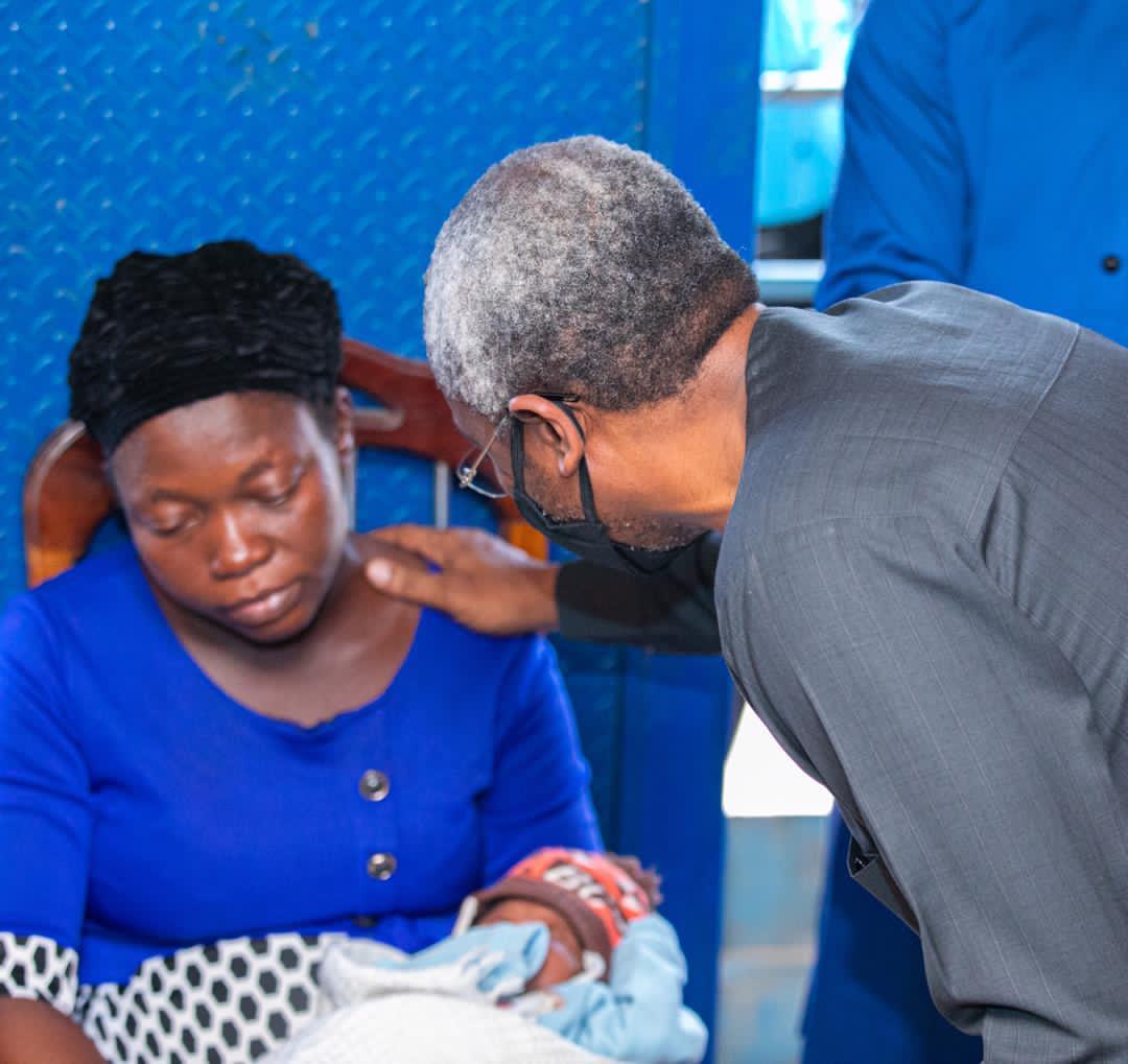 Photo news: Gbajabiamila visits slain vendor's family