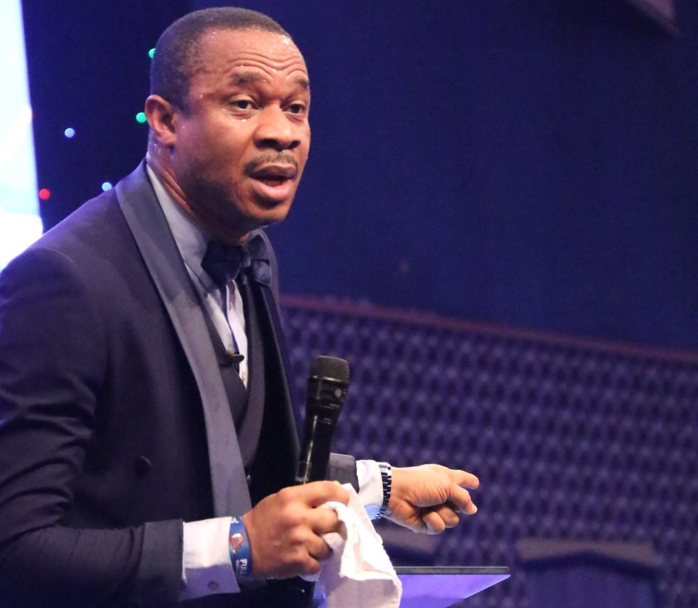 Pastor apologises for harsh comments on Obi Cubana