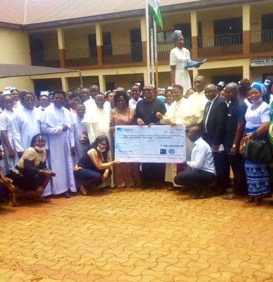 Ex-Anambra governor, Peter Obi donates N100m to Catholic hospital in Nsukka