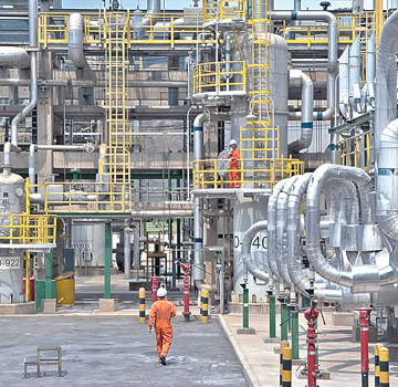 Dangote refinery debunks story about death in the refinery