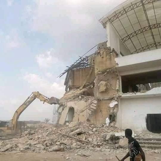 Uzodinma demolishes hospital built by Okorocha