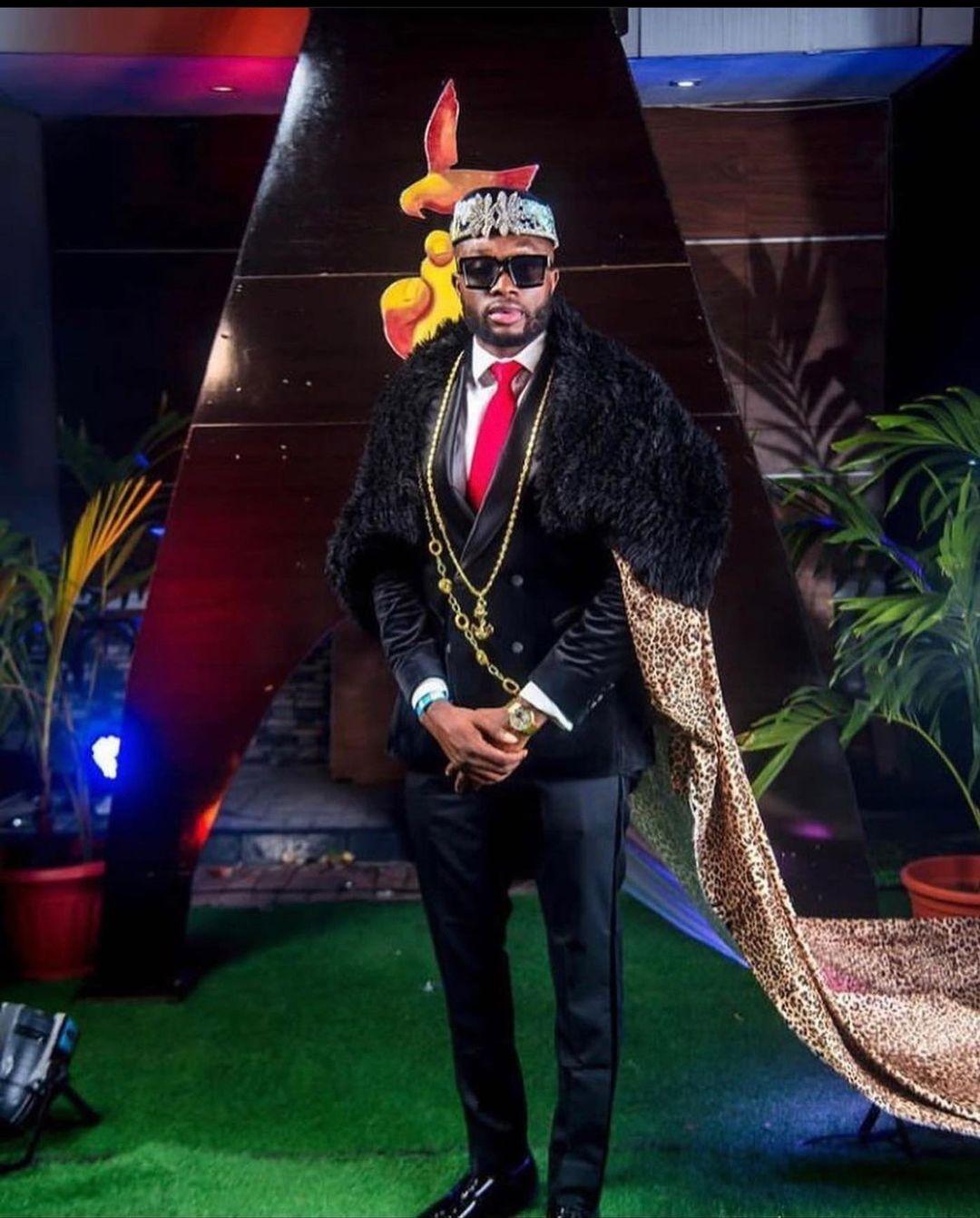 Emannuel Ikubuese gets his groove back after marriage crash