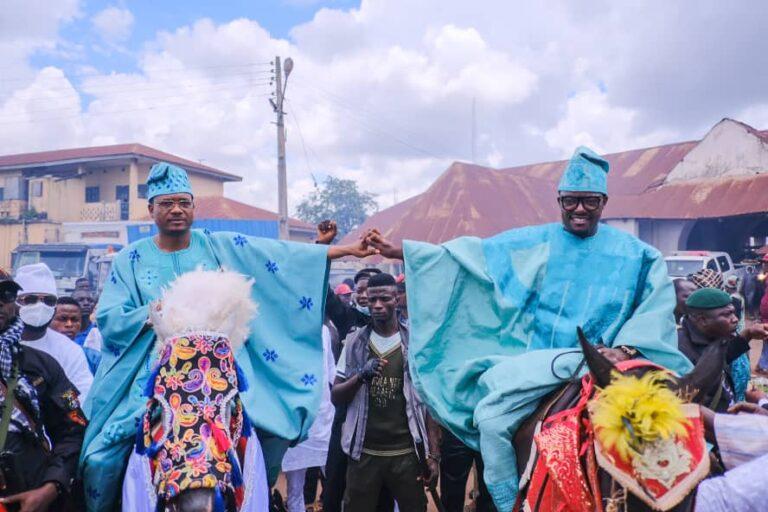 Alaafin confers chieftaincy title on Shina Peller, Agunbiade